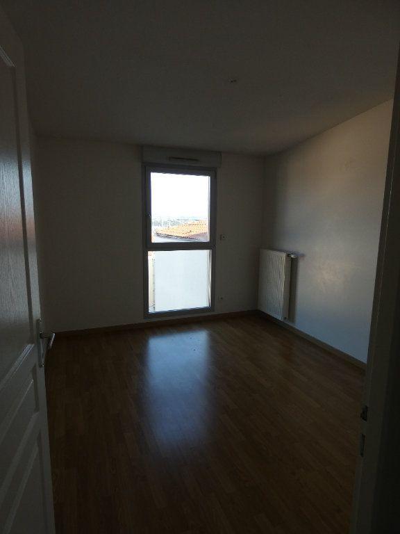 Appartement à louer 3 72.67m2 à Irigny vignette-8