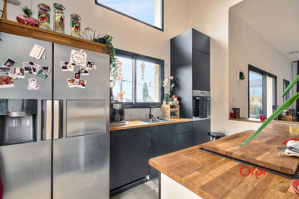 Maison à vendre 6 175m2 à Saint-Pierre-la-Palud vignette-9