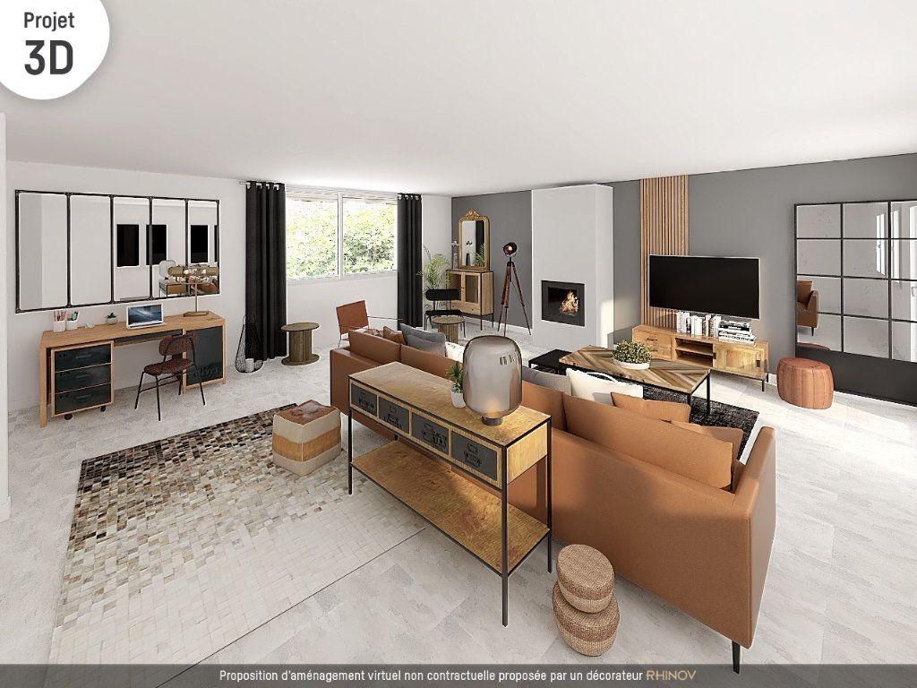 Maison à vendre 8 242m2 à Saint-Pierre-la-Palud vignette-3