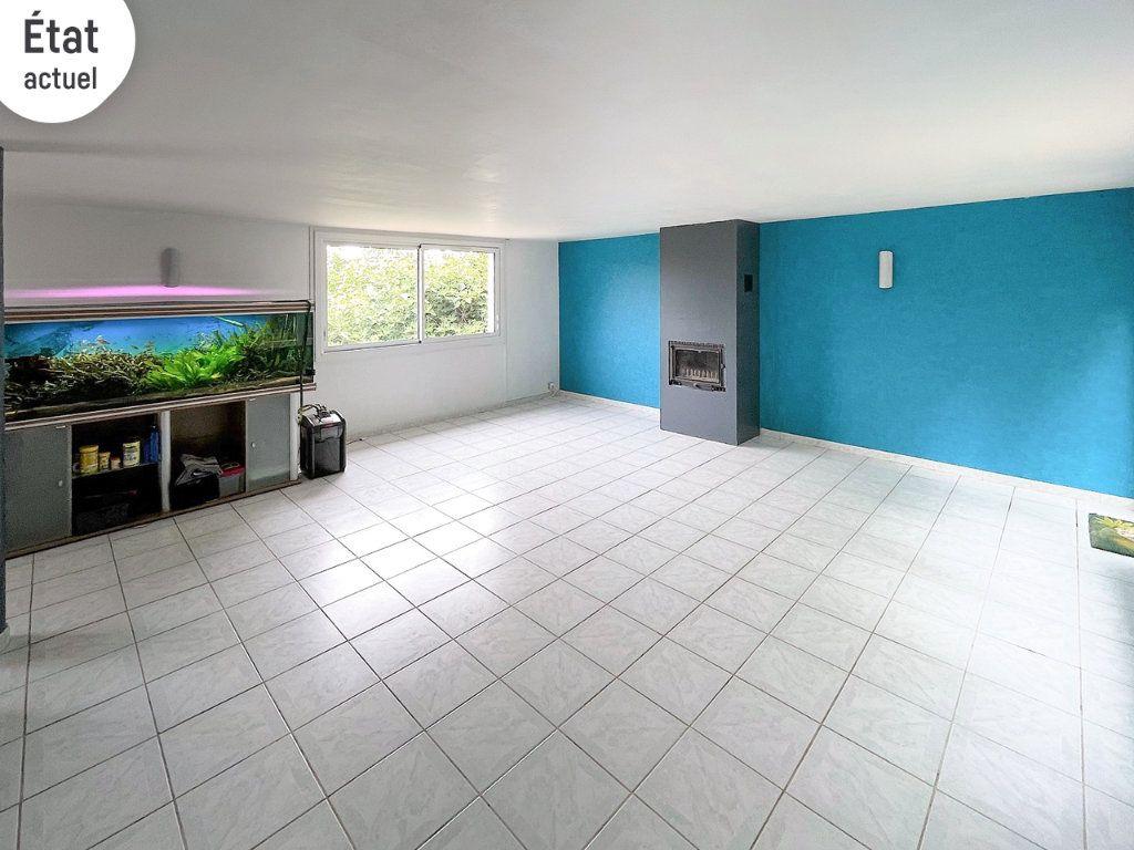 Maison à vendre 8 242m2 à Saint-Pierre-la-Palud vignette-4