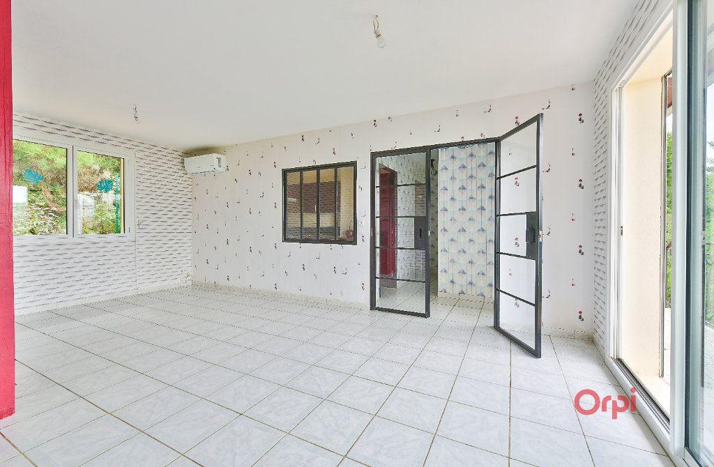 Maison à vendre 8 242m2 à Saint-Pierre-la-Palud vignette-6