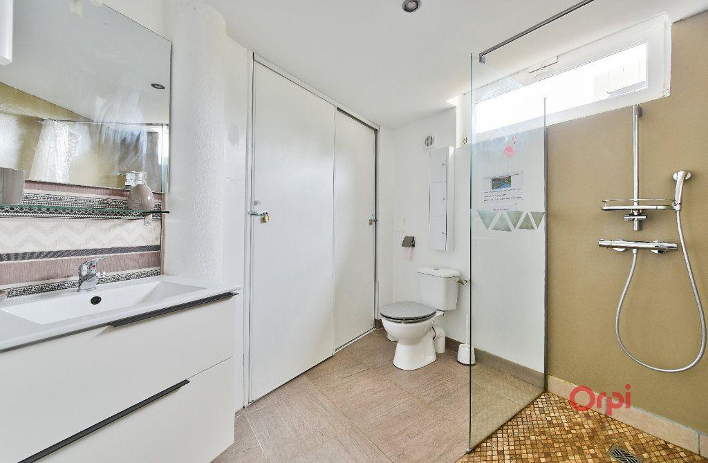 Maison à vendre 8 242m2 à Saint-Pierre-la-Palud vignette-9