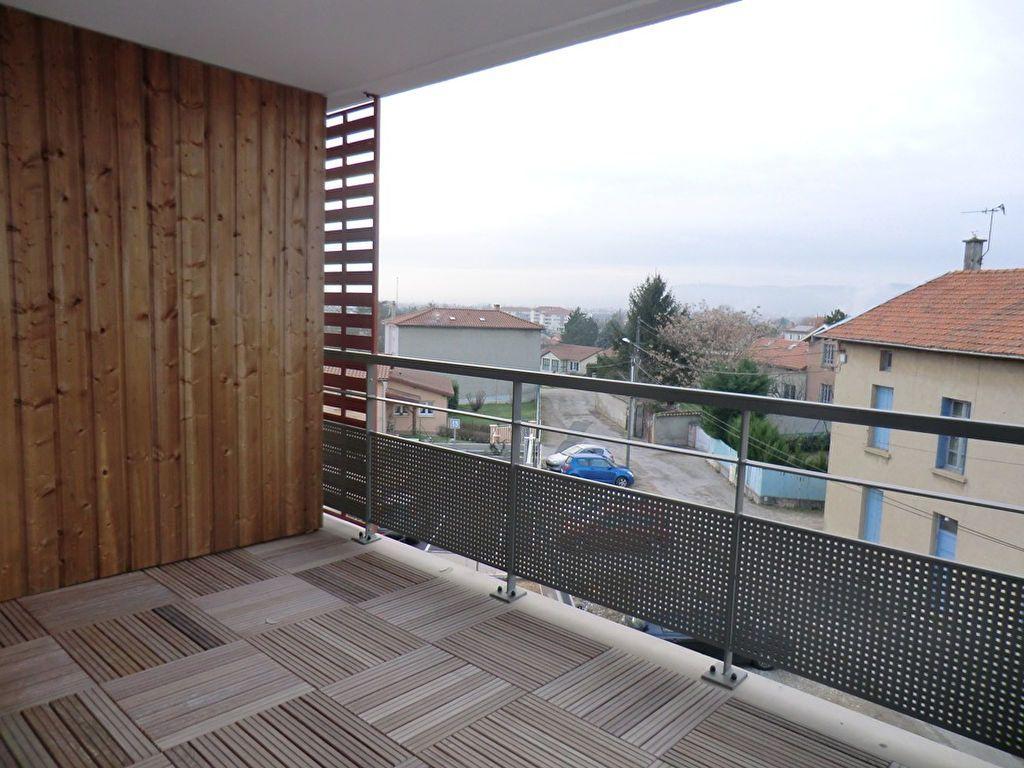 Appartement à louer 2 44.68m2 à Rillieux-la-Pape vignette-2