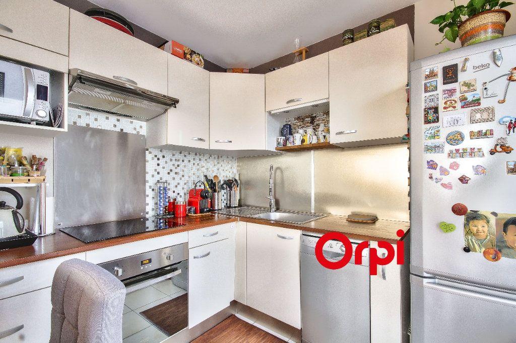 Appartement à vendre 3 63m2 à Lyon 9 vignette-5