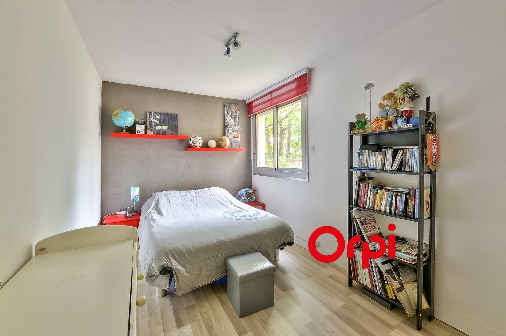 Appartement à vendre 4 70m2 à Caluire-et-Cuire vignette-5