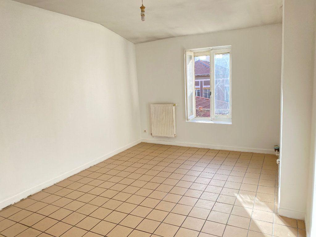 Appartement à vendre 2 31m2 à Villeurbanne vignette-1