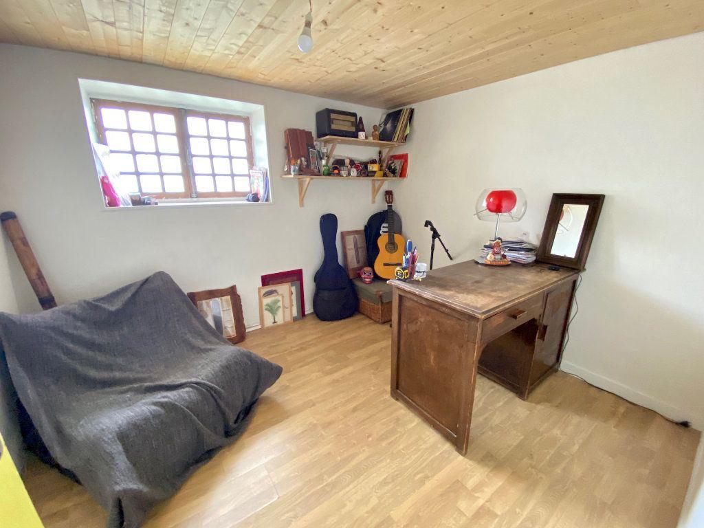 Maison à vendre 5 123.01m2 à Rillieux-la-Pape vignette-9