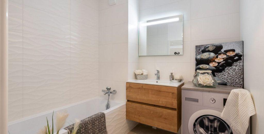 Appartement à vendre 4 93m2 à Rillieux-la-Pape vignette-4