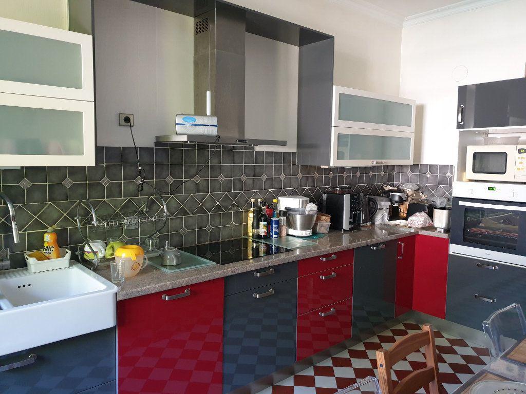 Maison à vendre 12 380m2 à Blois vignette-5
