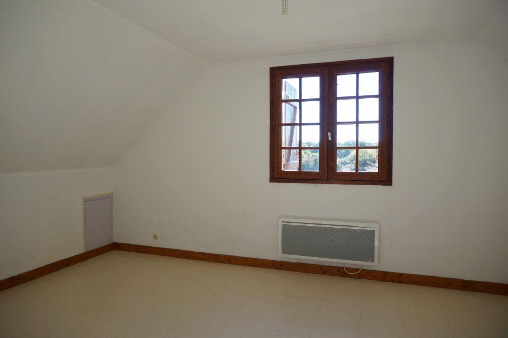 Maison à louer 6 120m2 à Lorris vignette-8