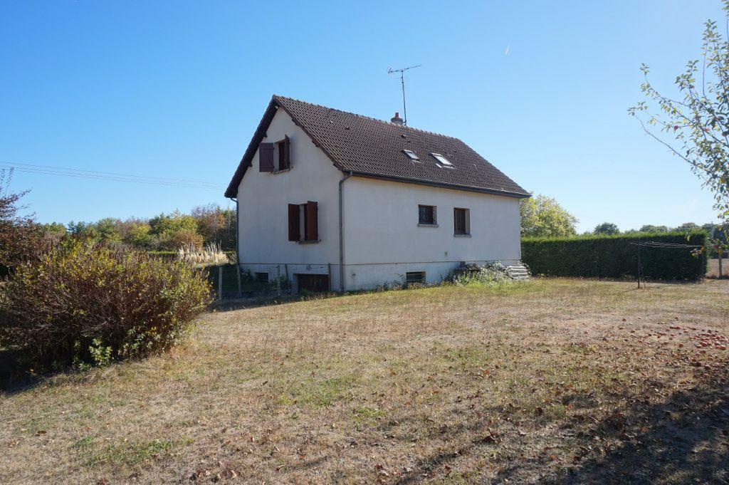 Maison à louer 6 120m2 à Lorris vignette-11