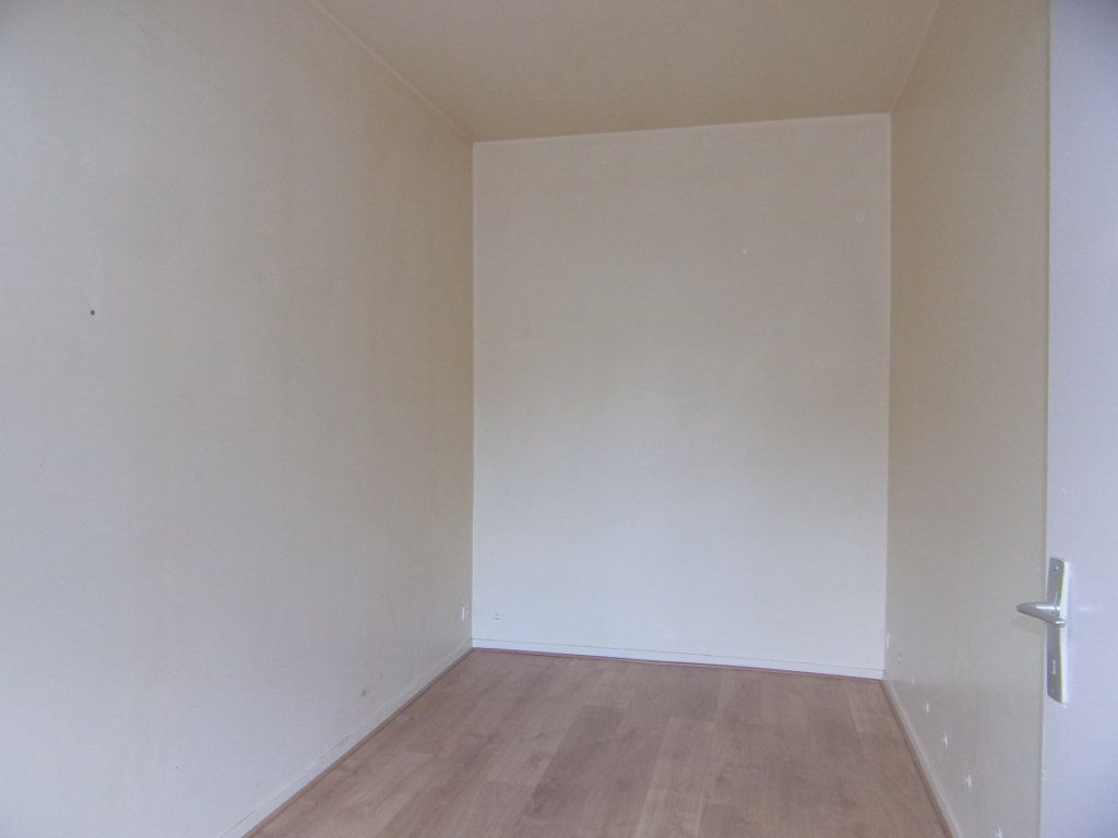 Maison à louer 2 34m2 à Lorris vignette-4