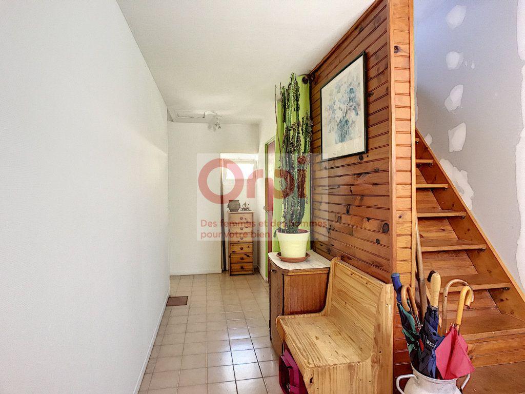 Maison à vendre 4 140m2 à Châtillon-Coligny vignette-6
