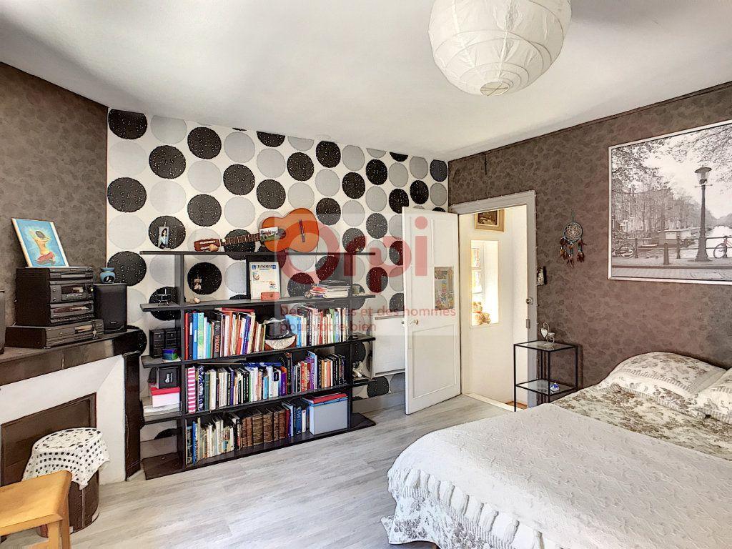 Maison à vendre 4 140m2 à Châtillon-Coligny vignette-7