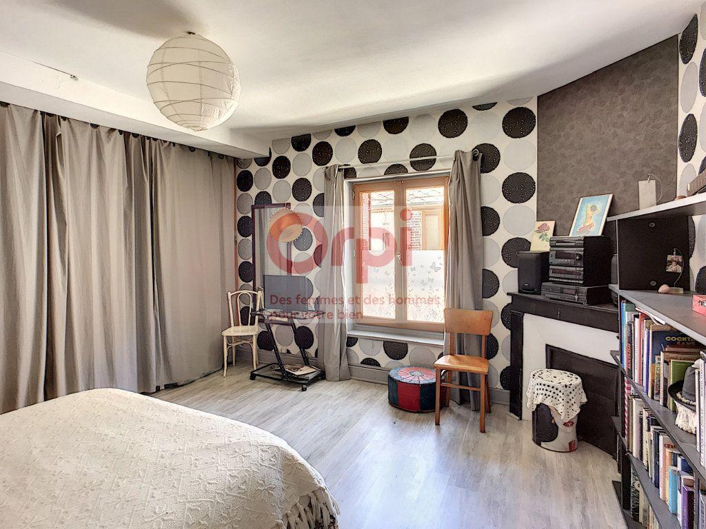 Maison à vendre 4 140m2 à Châtillon-Coligny vignette-11
