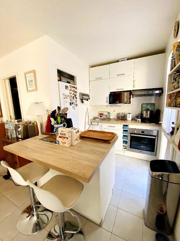 Maison à vendre 3 50m2 à Rivedoux-Plage vignette-4