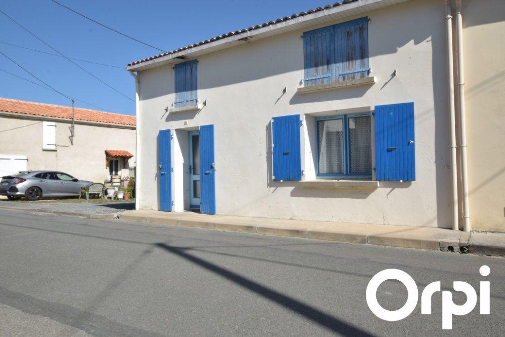 Maison à vendre 2 100m2 à Andilly vignette-5