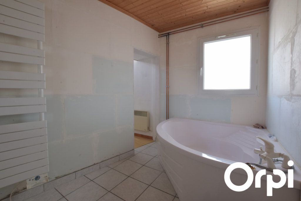 Maison à vendre 2 100m2 à Andilly vignette-9