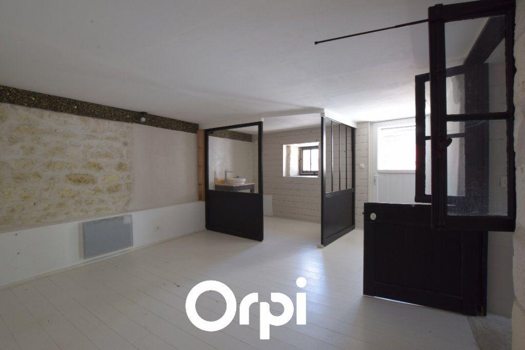 Maison à vendre 9 310m2 à L'Houmeau vignette-3