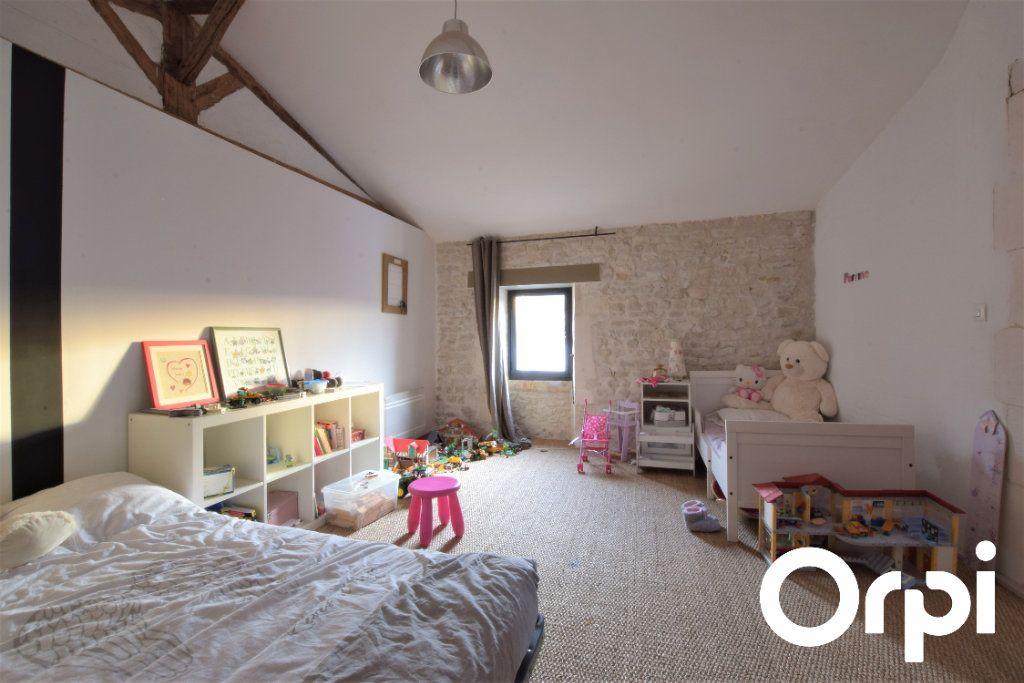 Maison à vendre 9 310m2 à L'Houmeau vignette-9