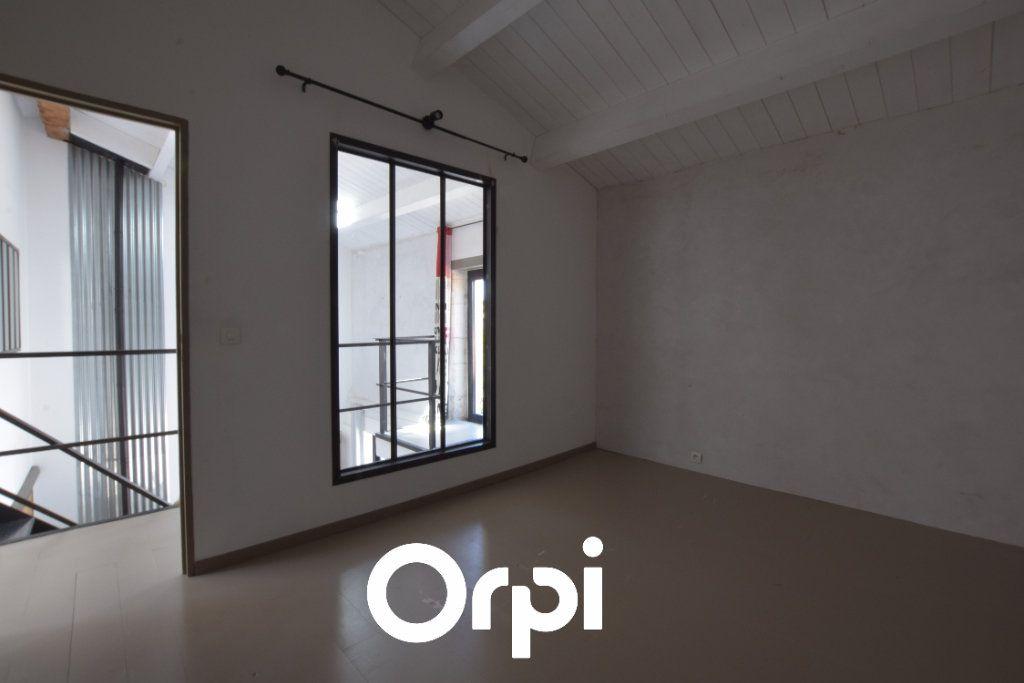 Maison à vendre 9 310m2 à L'Houmeau vignette-10