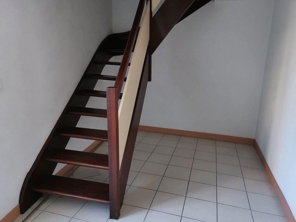 Appartement à louer 3 68m2 à Tavel vignette-9