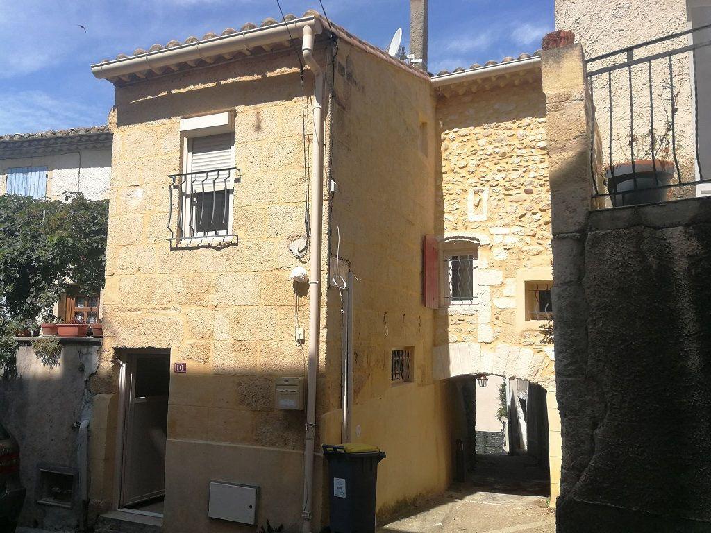 Appartement à louer 3 40m2 à Estézargues vignette-1