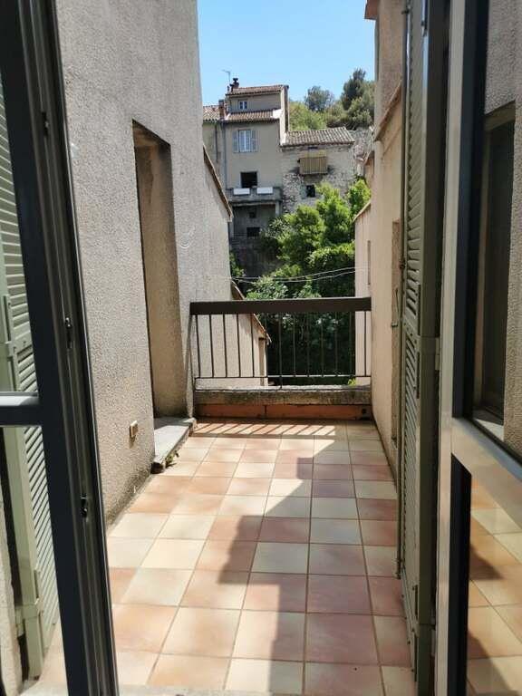 Appartement à louer 2 50m2 à Villeneuve-lès-Avignon vignette-9
