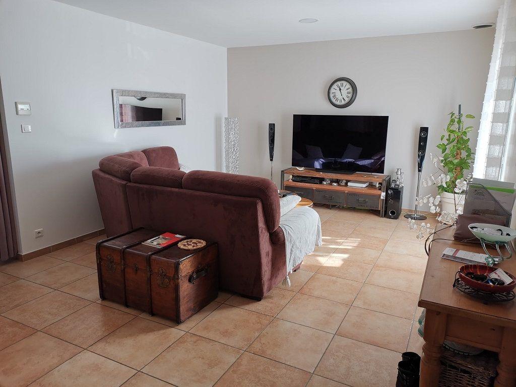 Maison à louer 4 81m2 à Rochefort-du-Gard vignette-2