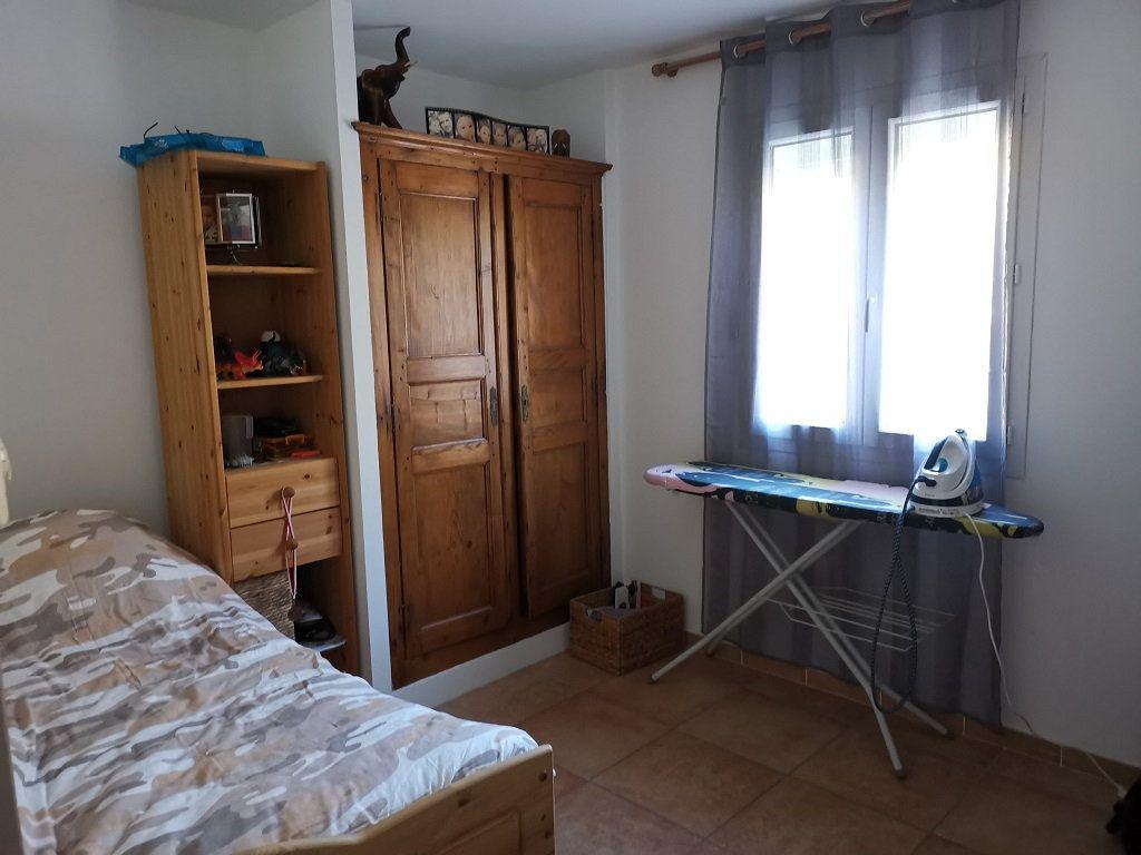 Maison à louer 4 81m2 à Rochefort-du-Gard vignette-7