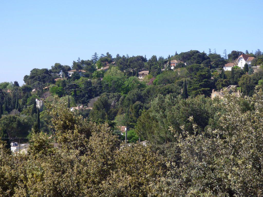 Maison à vendre 9 310m2 à Villeneuve-lès-Avignon vignette-5