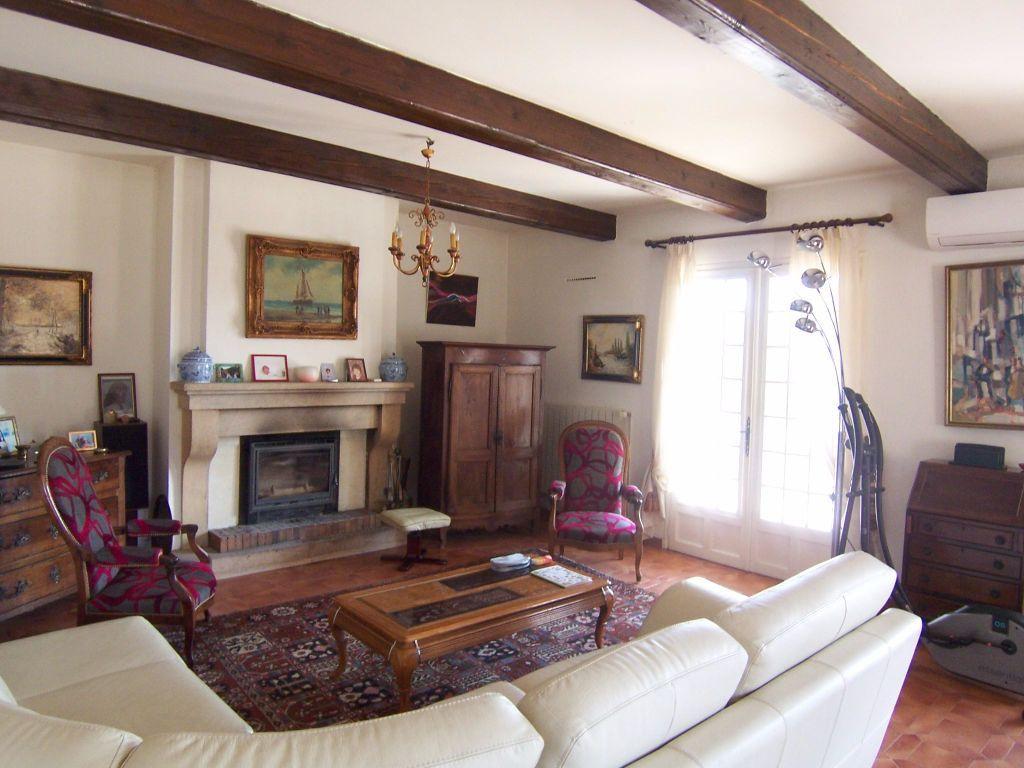 Maison à vendre 9 310m2 à Villeneuve-lès-Avignon vignette-6
