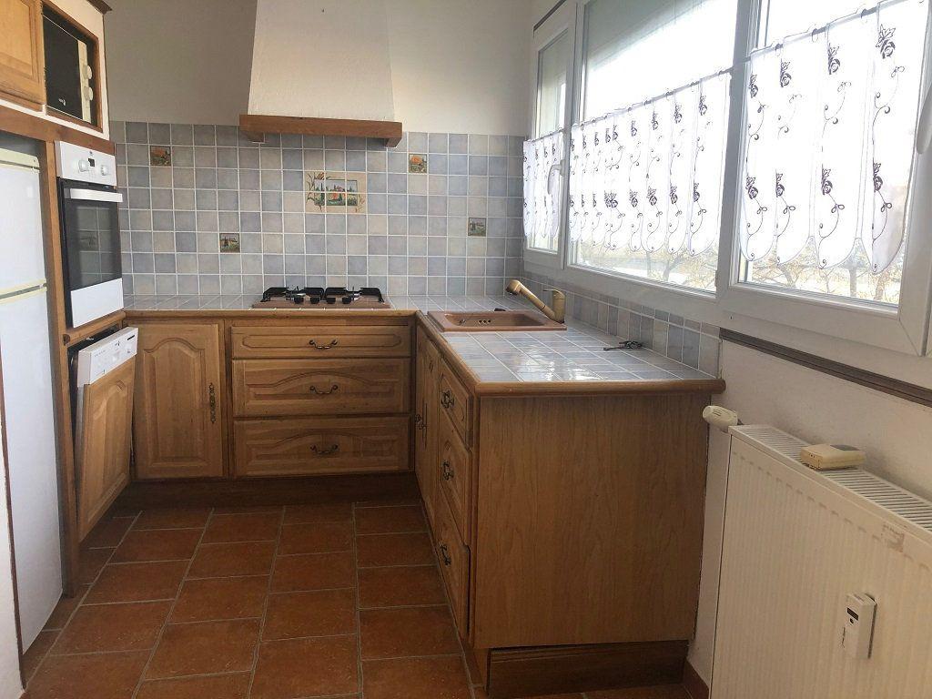 Appartement à vendre 2 50m2 à Villeneuve-lès-Avignon vignette-3