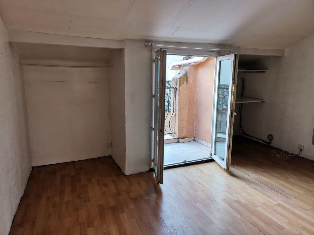 Maison à vendre 3 69m2 à Barbentane vignette-3