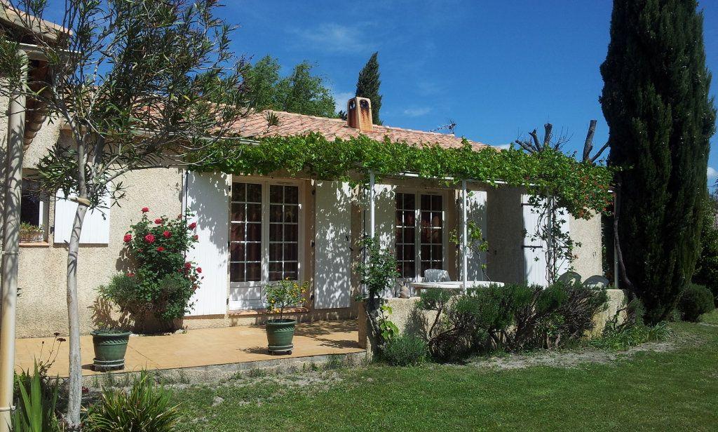 Maison à vendre 5 122m2 à Saint-Saturnin-lès-Avignon vignette-6