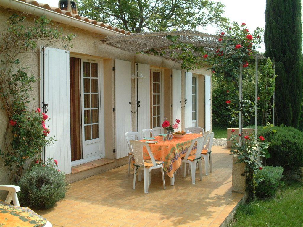 Maison à vendre 5 122m2 à Saint-Saturnin-lès-Avignon vignette-12