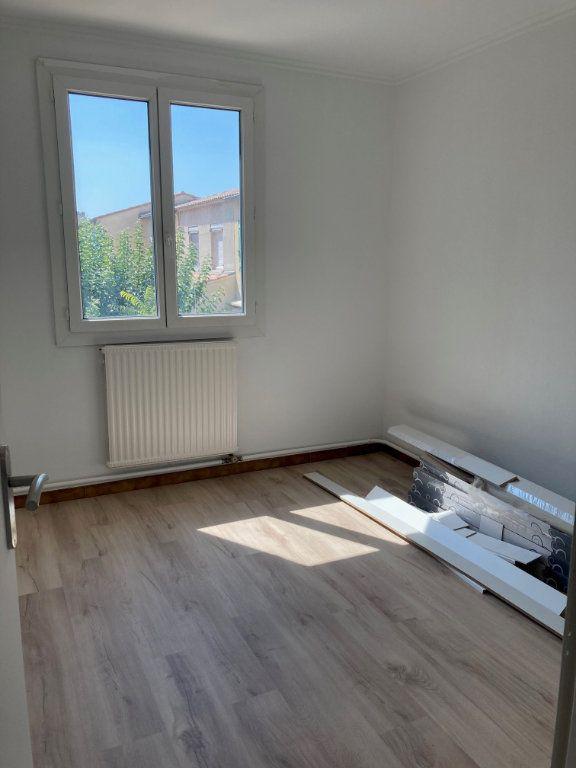 Maison à vendre 5 92m2 à Avignon vignette-9