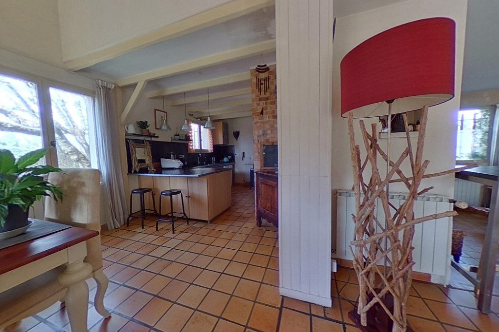 Maison à vendre 5 145m2 à Entraigues-sur-la-Sorgue vignette-3
