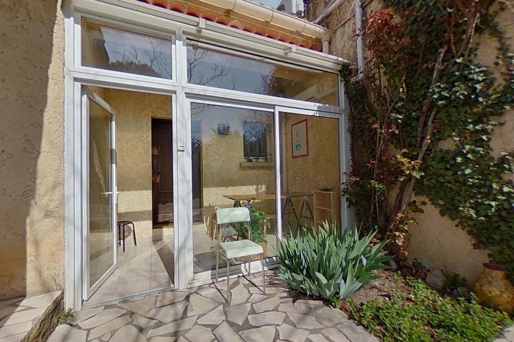 Maison à vendre 5 145m2 à Entraigues-sur-la-Sorgue vignette-7