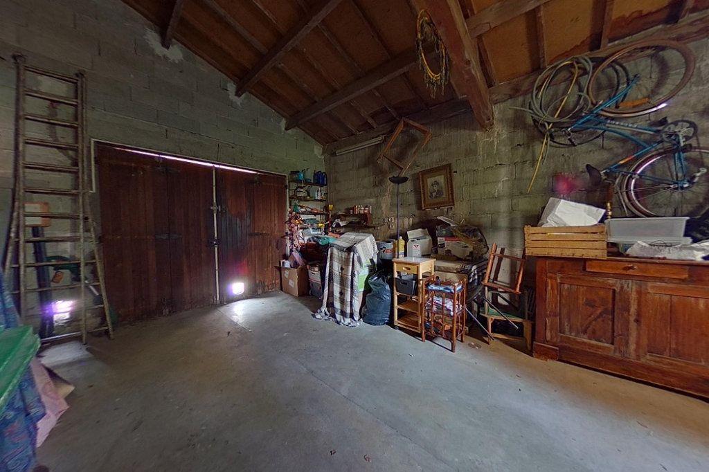 Maison à vendre 5 145m2 à Entraigues-sur-la-Sorgue vignette-16
