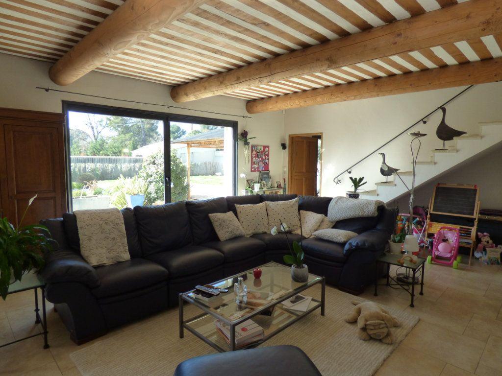 Maison à vendre 7 220m2 à Vedène vignette-5