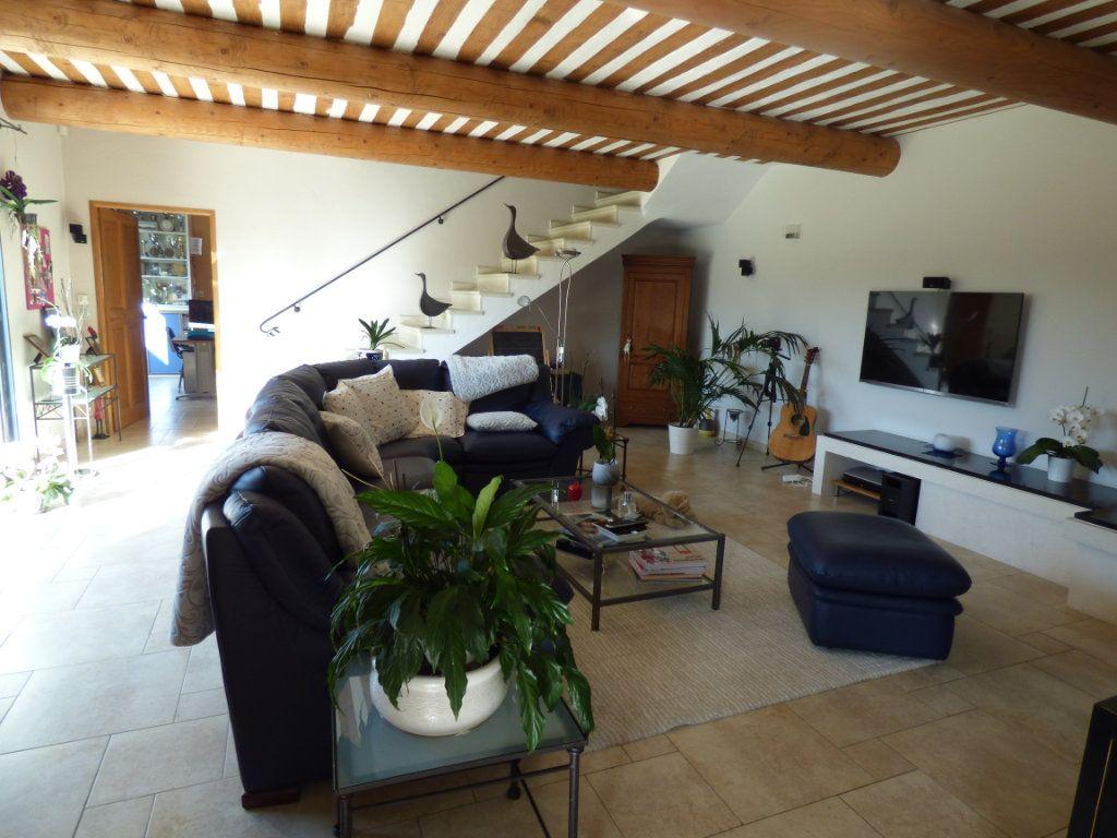 Maison à vendre 7 220m2 à Vedène vignette-6