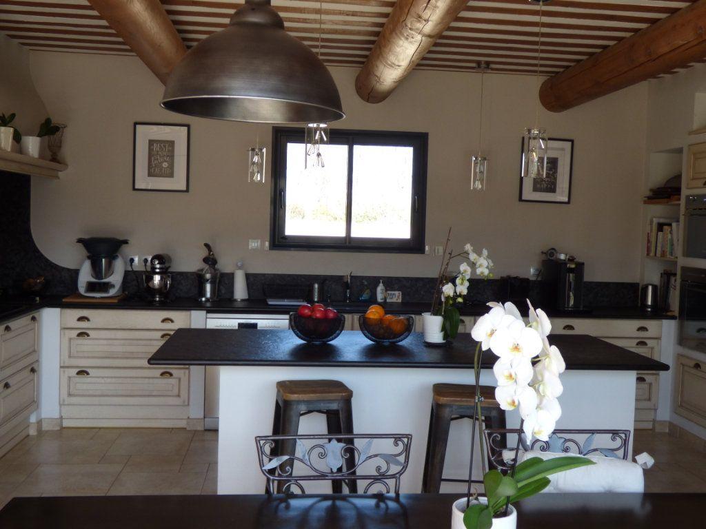 Maison à vendre 7 220m2 à Vedène vignette-8