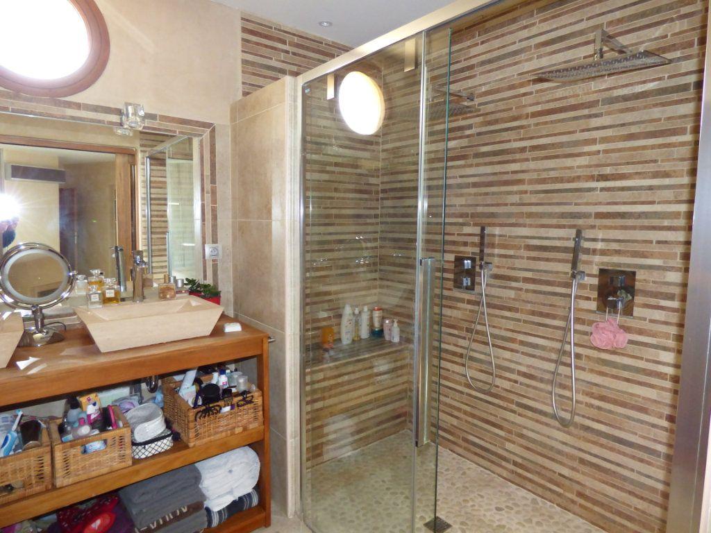 Maison à vendre 7 220m2 à Vedène vignette-12