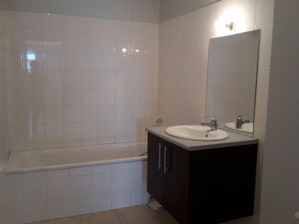 Appartement à vendre 2 50.24m2 à Le Pontet vignette-4