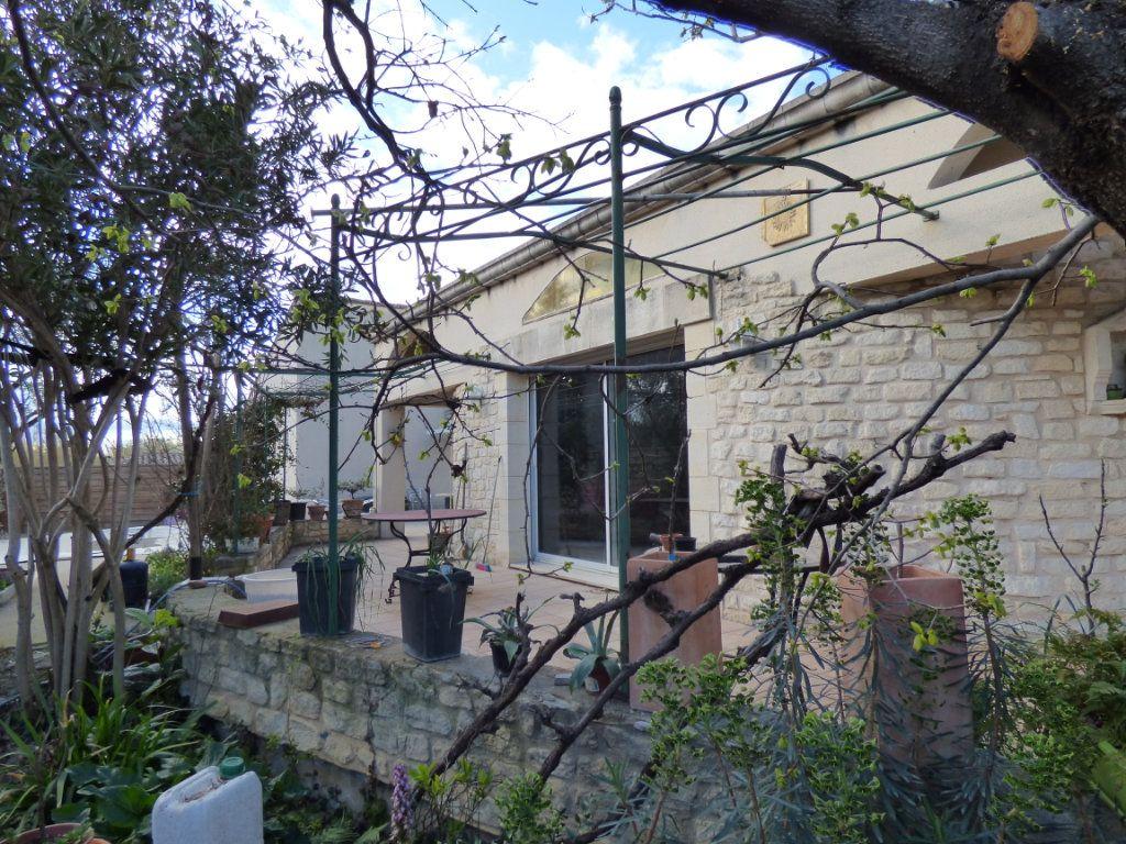Maison à vendre 5 400m2 à Morières-lès-Avignon vignette-7