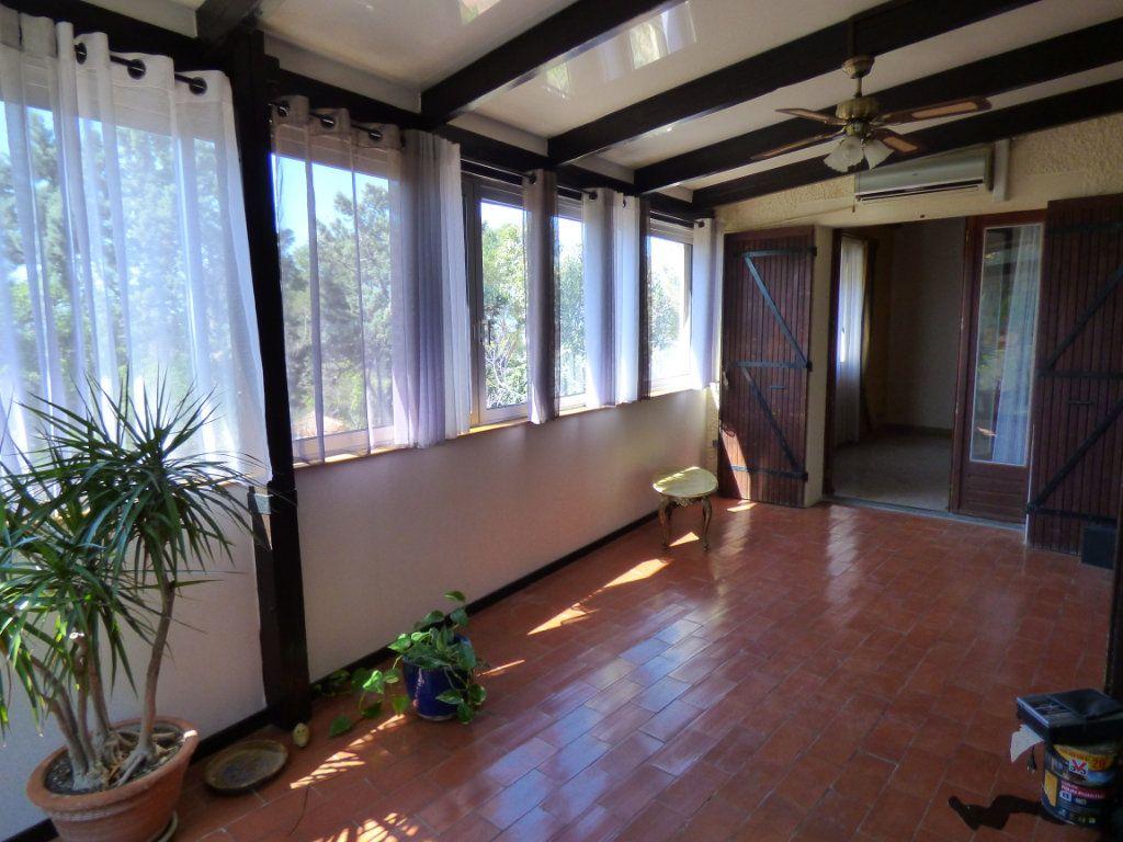 Maison à vendre 8 218m2 à Vedène vignette-5
