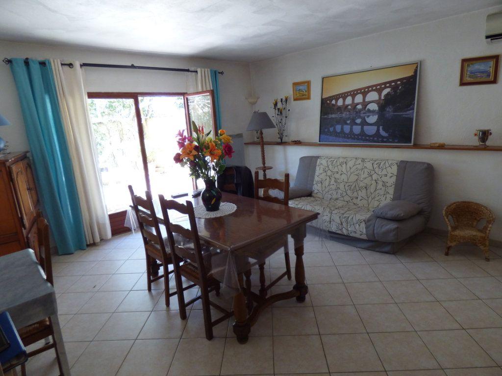 Maison à vendre 8 218m2 à Vedène vignette-9