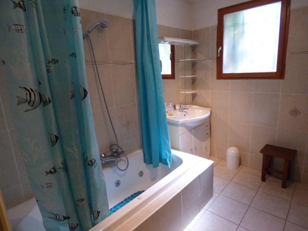 Maison à vendre 8 218m2 à Vedène vignette-13