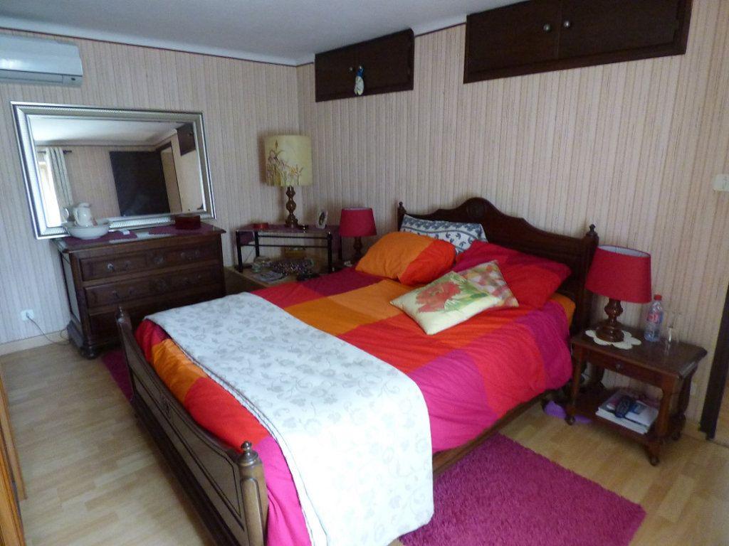 Maison à vendre 6 150m2 à Vedène vignette-9